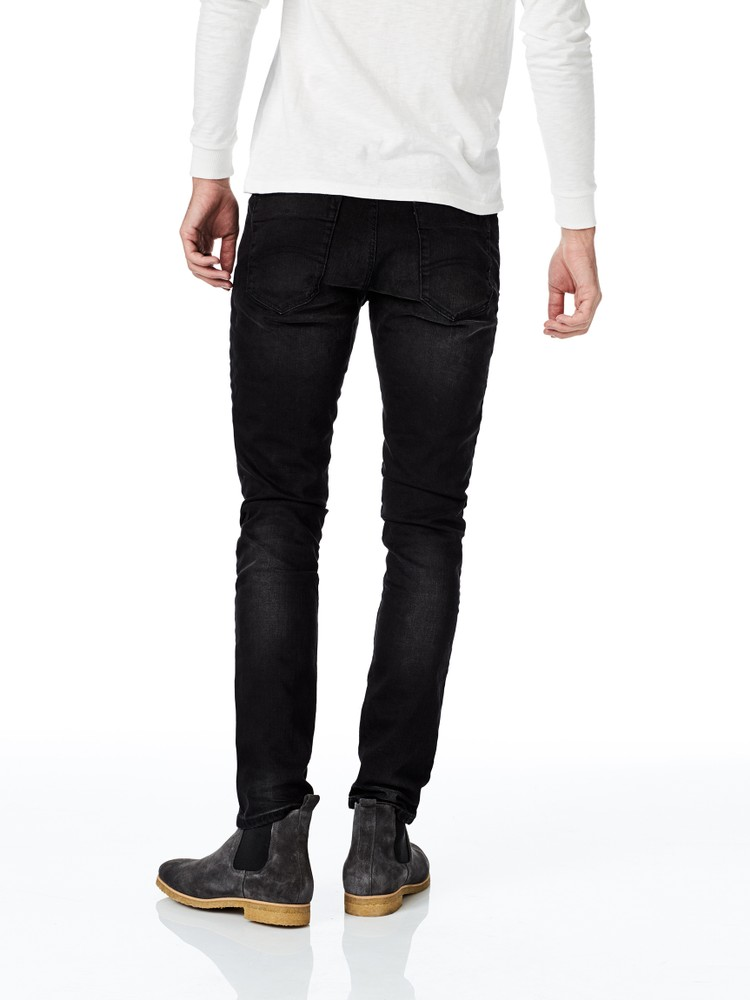 Slim fit tapered /