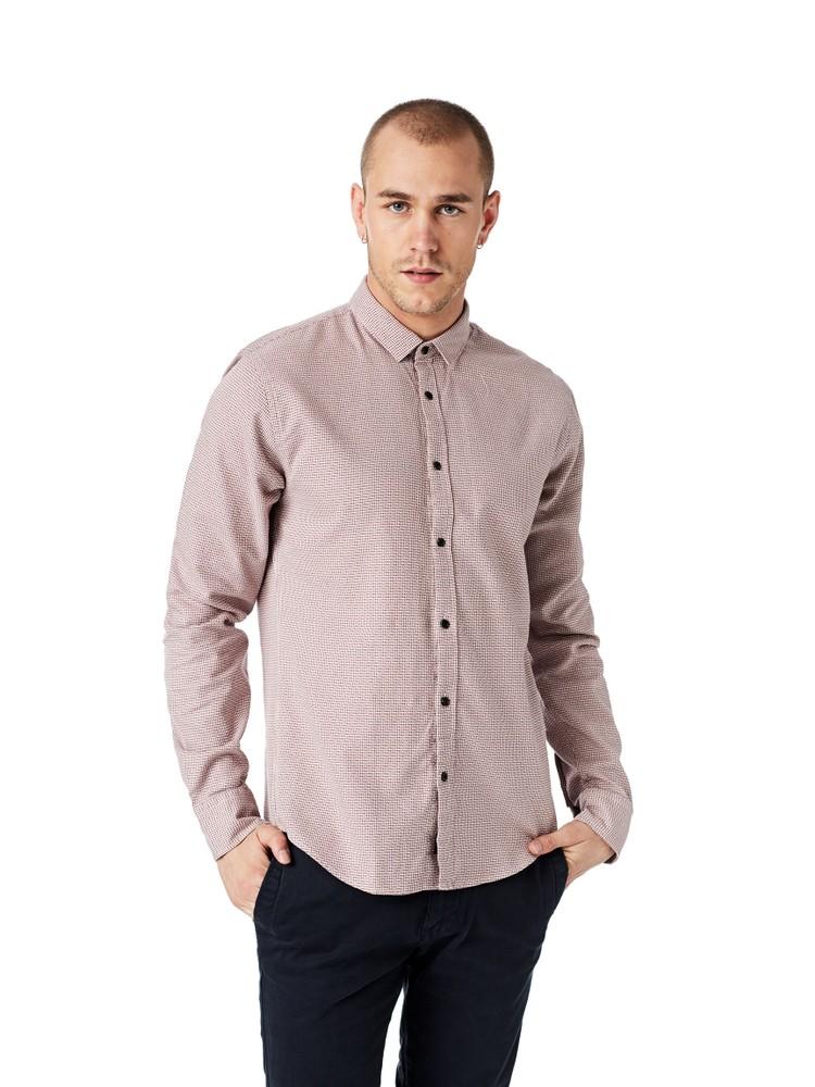 Longsleeve Shirt /